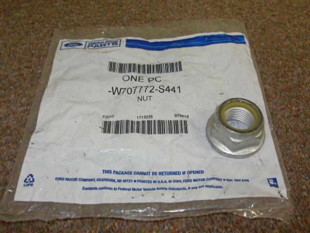 FT 6500A - SN-95 IRS Halfshaft Retaining Nut